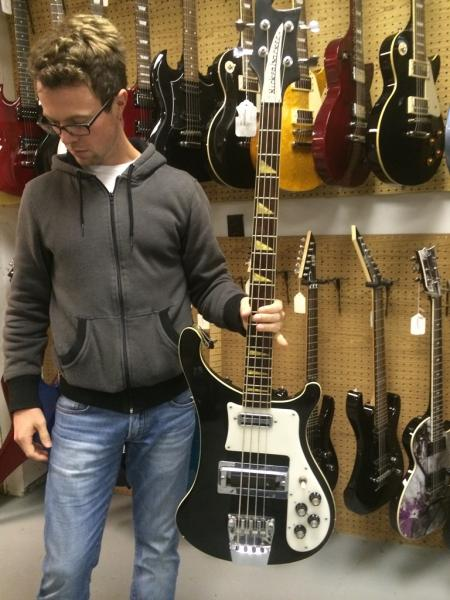 Fake Rickenbacker 4001 Bass