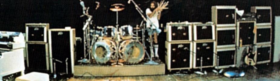 Lynyrd Skynyrd Vintage Peavey amp wall backline
