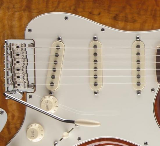 Vaughn's Velvet Custom AlNiCo 2/5 Stratocaster® Set